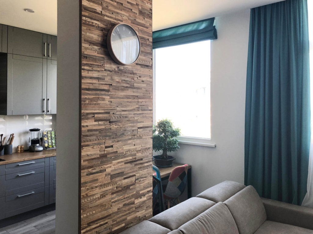 Koristeellinen puusta seinäpaneeli BRUT